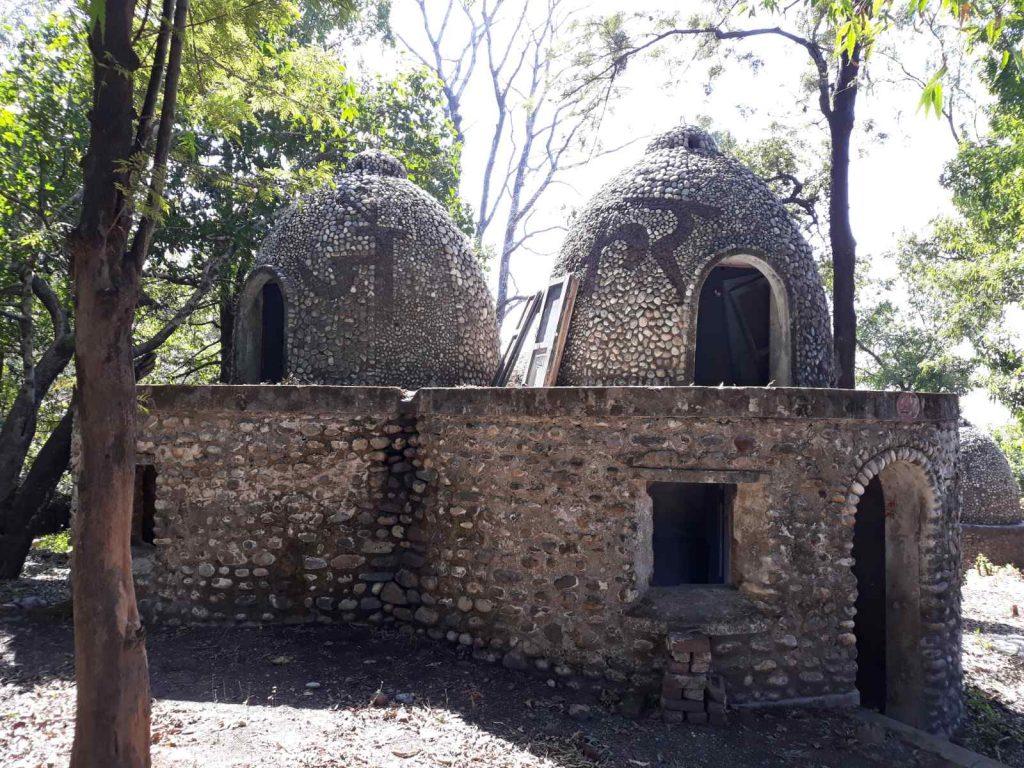 Где жили Битлз в Индии
