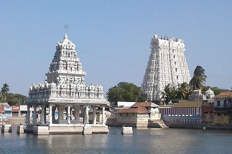 Городок Сучиндрам в Тамил-Наду и храм Тханумалаян
