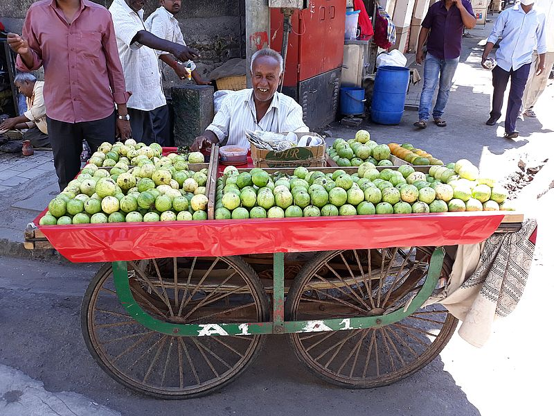 Торговец фруктами в Мумбаи