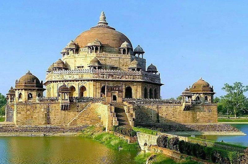 Мавзолей Шер Шах Сури – изюминка штата Бихар