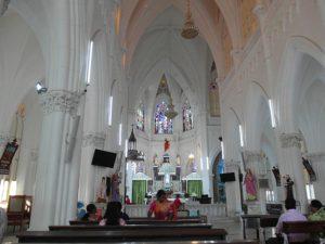 Внутри церкви святой Филомены