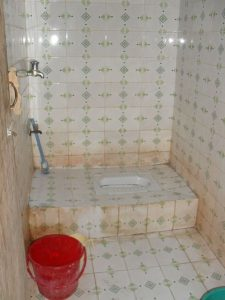 Треш туалет в Индии