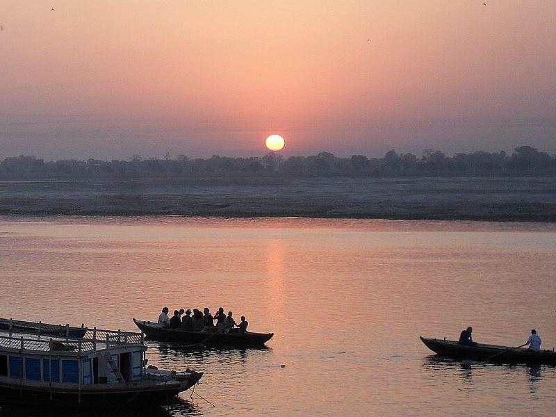 Рассвет на Ганге