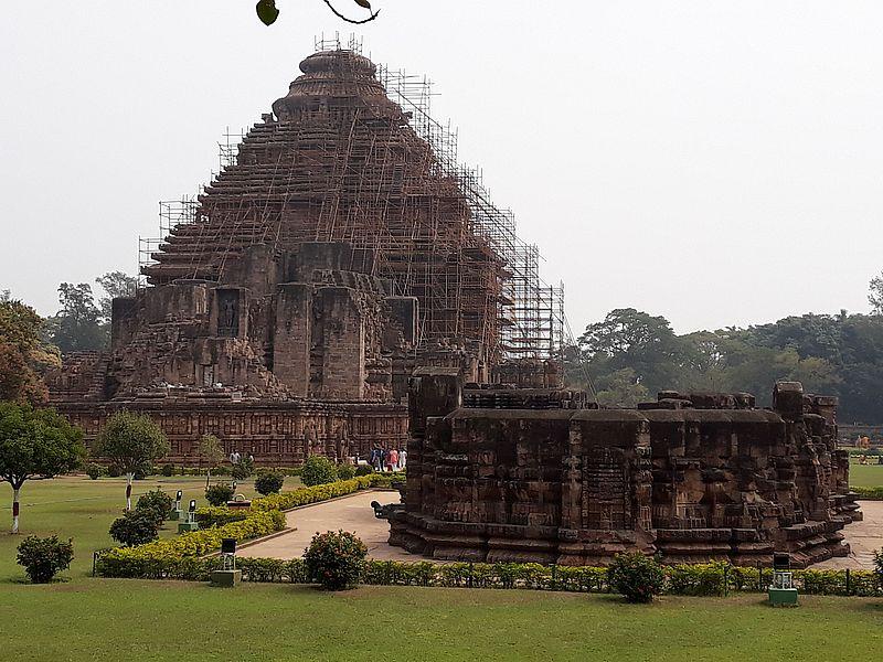 Реконструкция храма в Индии