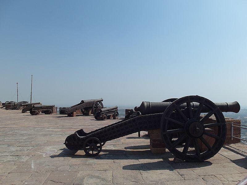 Пушки Механгарха