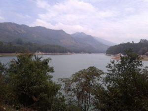 Озеро в Муннаре