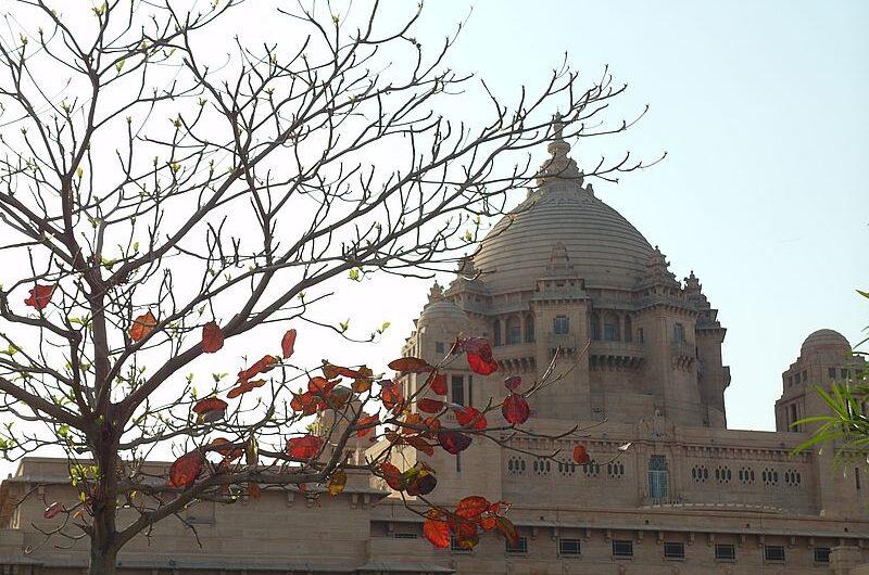 Умайд-Бхаван — самый большой дворец Индии