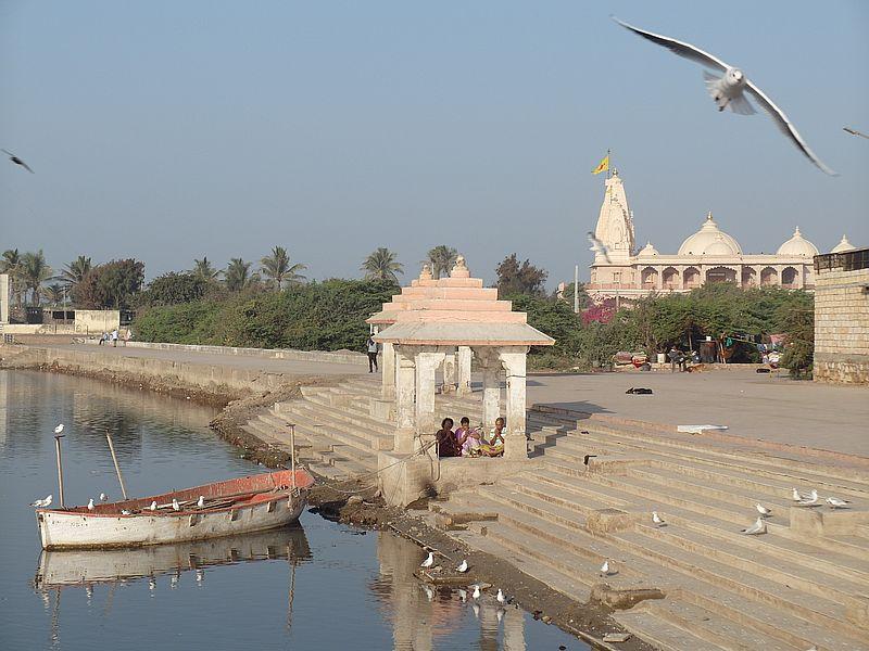 Тривени Сангам Сомнатха