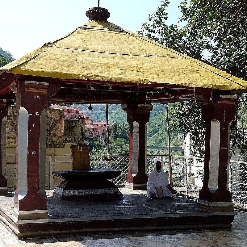 Храм Рагхунатхи