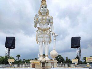 статуя Ханумана