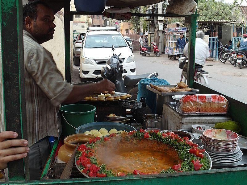 Еда на улице в Индии