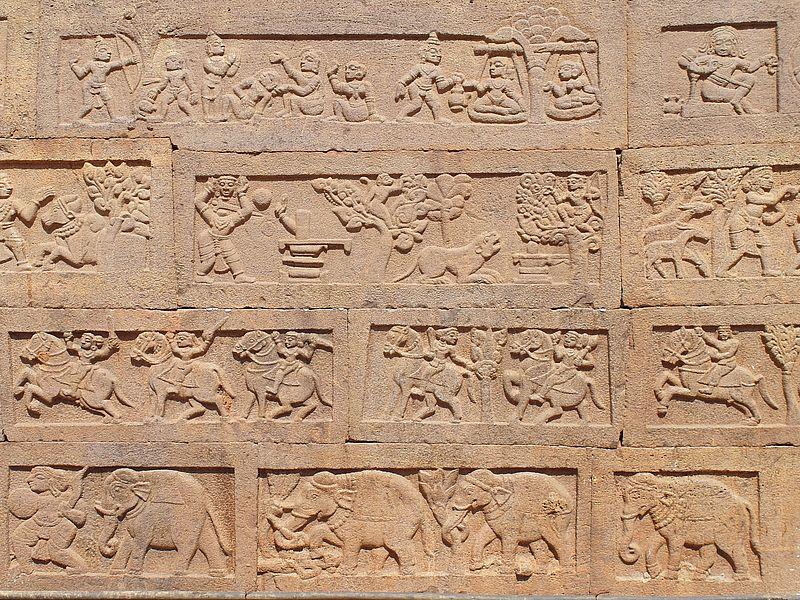 Стена храма в Индии