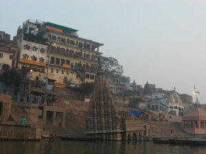 Затопленный храм Варанаси