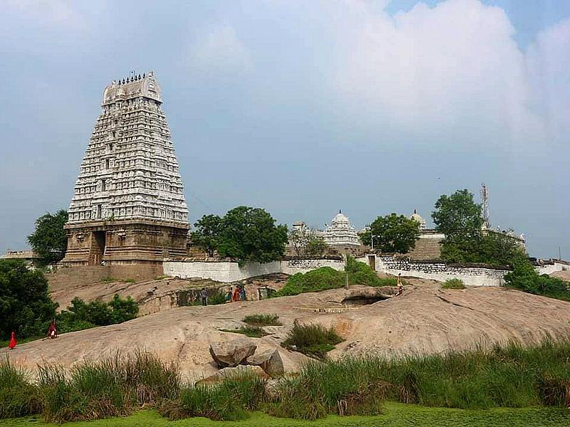 храм Араяниналлур