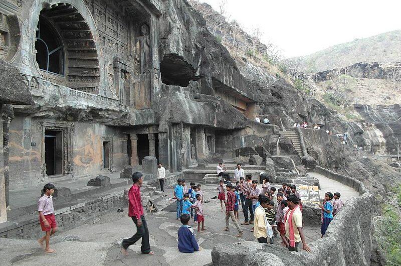 Сакральный пещерный комплекс Аджанта в Махараштре