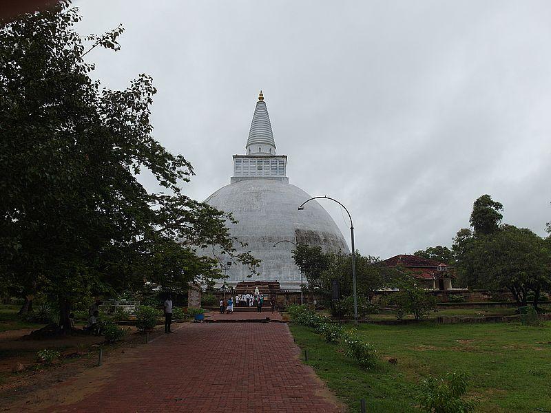 Шри-Ланка ступа будийская