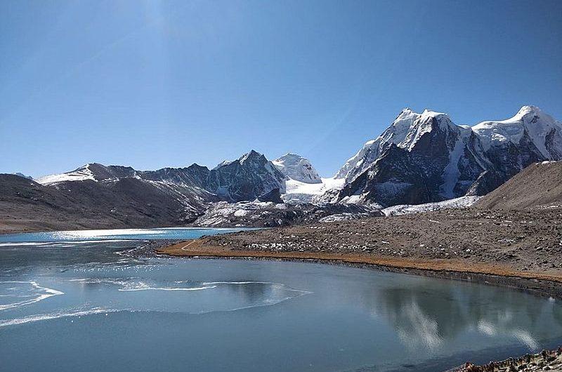 Озеро Гурудогмар (Сикким)