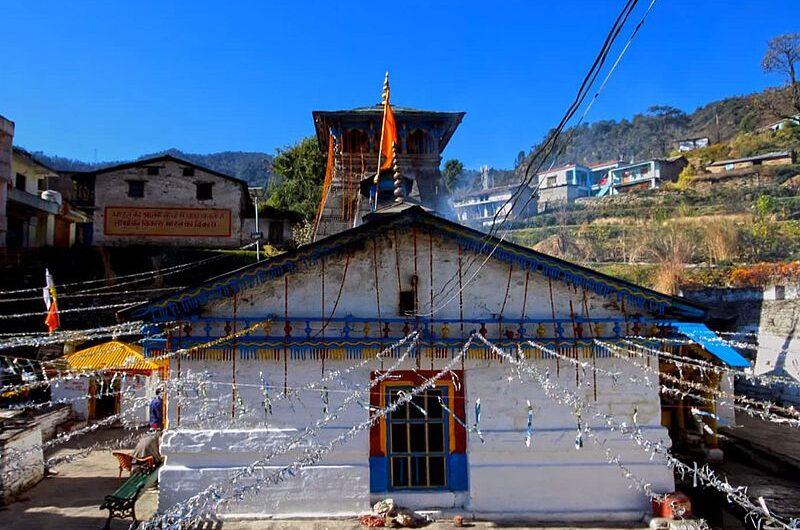 Триюгинараян: храм свадьбы Шивы и Парвати