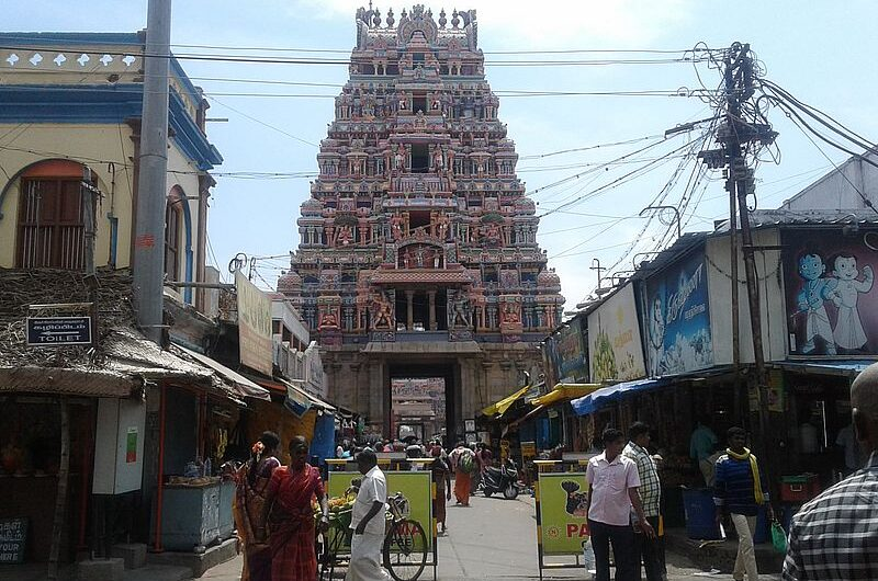 Джамбукешвар: храм с лингамом воды