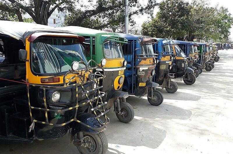 Рикша — главный транспорт Индии